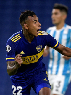 Sebastián Villa anotó el gol crucial para la clasificación de Boca Juniors ante Racing de Avellaneda.