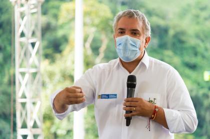 El presidente Iván Duque mantuvo su imagen positiva en última encuesta de Guarumo en el 2020