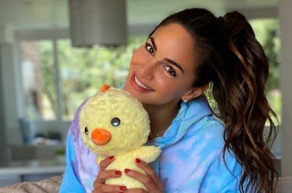 Valerie Domínguez reveló el nombre de su bebé con una tierna foto en Instagram junto a su esposo, Juan David 'el Pollo' Echeverry.