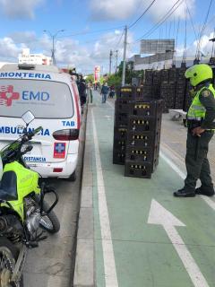 Ambulancia que fue inmovilizada en Montería, Córdoba, en la que pretendían transportan cervezas