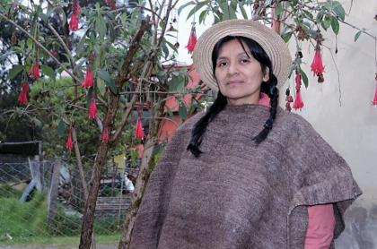 Fabiola Piñacué, fundadora de Coca Nasa, empresa que fabrica productos a base de hoja de coca.