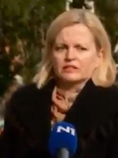 Captura de pantalla de televisión croata en el momento exacto en que terremoto sacudió
