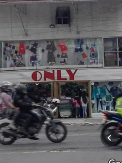 Almacenes Only: mensaje motivador de fin de año en Colombia.