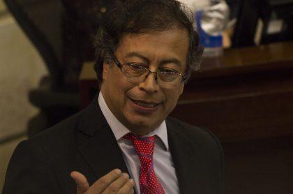 Gustavo Petro, senador que publicó su declaración de renta