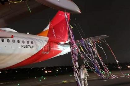La aeronave tuvo que maniobrar de emergencia arribando a Bogotá tras impactar un globo.