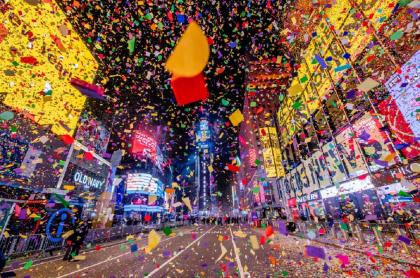 La tradicional intersección neoyorquina, otrora atiborrada para el conteo regresivo de Año Nuevo, estuvo casi completamente vacía.