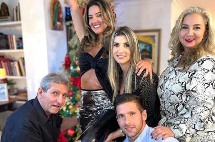 Daniella Álvarez celebrando Año Nuevo ilustra nota sobre la celebración de los famosos