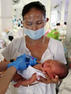 370.000 niños nacerán este primero de enero, en países como India y China.