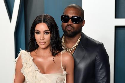 Foto de Kim Kardashian y Kanye West, a propósito de por qué no se han divorciado
