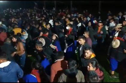 Multitudinaria fiesta indígenas sin medidas de protección, Cauca