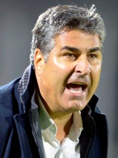 Santiago 'Sachi' Escobar, con cáncer de próstata; el DT es atendido en Medellín. Imagen de referencia del timonel paisa.