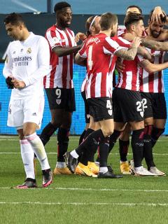 Athletic de Bilbao elimina al Real Madrid en Supercopa de España.
