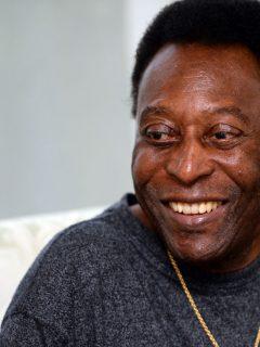 Foto de Pelé en ilustra nota sobre su documental en Netflix