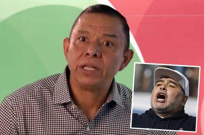 Iván René Valenciano, exfutbolista colombiano, fue sorprendido en plena entrevista con la noticia de la muerte de Diego Maradona, quien aparece en la imagen en una foto de archivo tomada en septiembre de 2019.