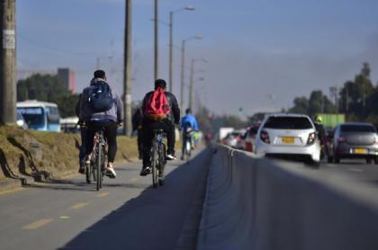 El polémico carril exclusivo para bicicletas de la calle 13 ocasionó múltiples protestas ciudadanas.