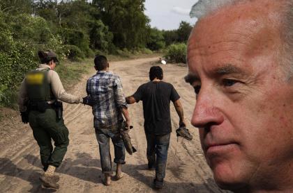 Montaje fotográfico de inmigrantes ilegales detenido en Estados Unidos y el rostro de Joe Biden.