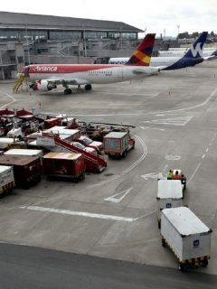 Cierran el aeropuerto El Dorado de Bogotá: no llegan ni salen vuelos