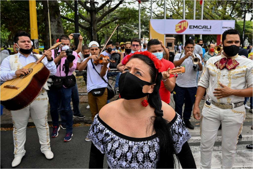 Así protestaron en las calles de Cali. AFP