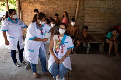 Imagen que ilustra nota; médicos de Leticia cruzan frontera con Brasil para poder vacunarse