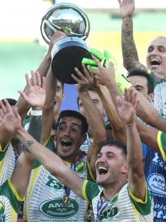 Defensa y Justica, campeón de Suramericana tras derrotar 3-0 a Lanús