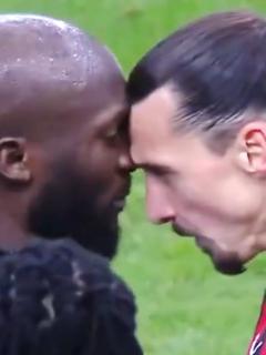 Duro choque entre Zlatan y Lukaku en el Inter-Milan de Copa Italia