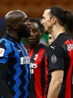 Zlatan Ibrahimovic volvió a entablar un duro cruce de palabras con un rival, como con el colombiano Duván Zapata. Esta vez fue Romelu Lukaku.