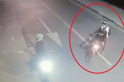 Video de robo en Bogotá: ladrones hirieron a motociclista en Kennedy
