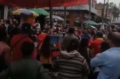 Imagen de protestas por las cuarentenas anunciadas en Fontibón.