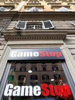 GameStop, quién está detrás del boom de la bolsa de valores de Wall Street.