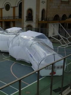 Fotos: cápsulas de aislamiento portátiles para pacientes de coronavirus