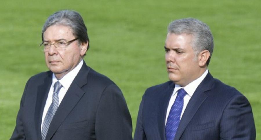 Carlos Holmes Trujillo e Iván Duque, cuando trabajaban juntos en el Gobierno.