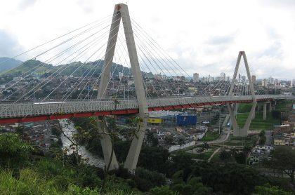 Hombre se suicidó en viaducto de Pereira por problemas económicos