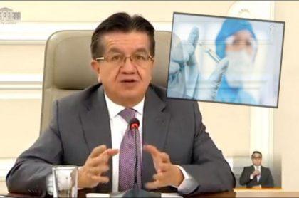 Ministro de Salud, Fernando Ruiz, explica que las vacunas del mecanismo Covax no son donadas, sino que el Gobierno las compró