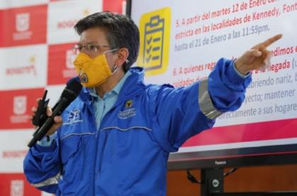 Claudia López, quien anunció que la cuarentena y más medidas en Bogotá se levantarán porque la ciudad superó el segundo pico de la pandemia