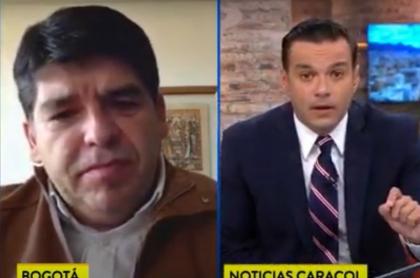 Juan Diego Alvira en medio del debate en Noticias Caracol que no pudo controlar con una campanita
