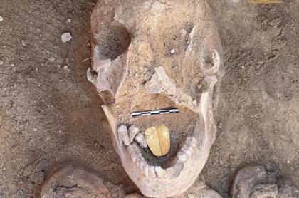 Foto viral de la momia con lengua de oro que fue encontrada por arqueólogos en Egipto