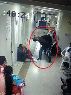 Video: hombre golpea a enfermero con un casco de moto, en Medellín