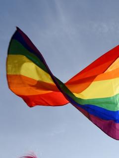 Imagen de bandera LGBTI ilustra artículo 185 actrices y actores alemanes salen del armario mediante un manifiesto