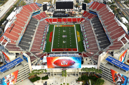Anuncia que el Super Bowl 2021 te. Imagen del estadio de la final.ndrá gran operativo de seguridad