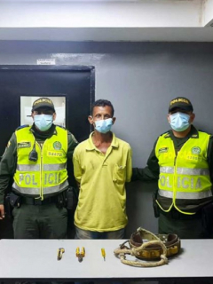 Hombre capturado cuando reconectaba el servicio de energía a un taller en Barranquilla