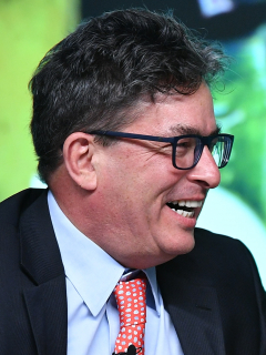 Gobierno acepta oferta de Ecopetrol por ISA. Imagen del ministro de Hacienda.