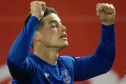 Golazo de James con el Everton ante Manchester United en Liga Premier