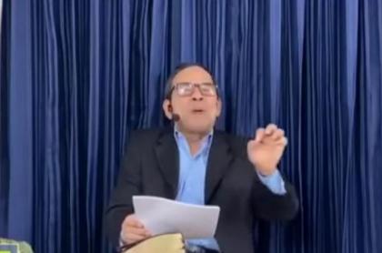 Pastor Gabriel Alberto Ferrer falló con su profecía sobre llegada de Jesús a la tierra, y feligreses le piden explicaciones