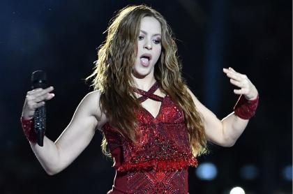 Shakira y varias celebridades y millonarios más aparecen en un listado de supuestos evasores. según Le Monde.