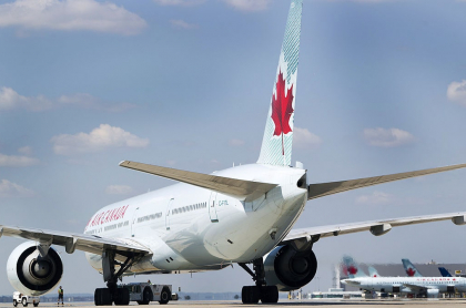Una aeronave de Air Canada, que no volverá a aterrizar en Colombia en un buen tiempo.