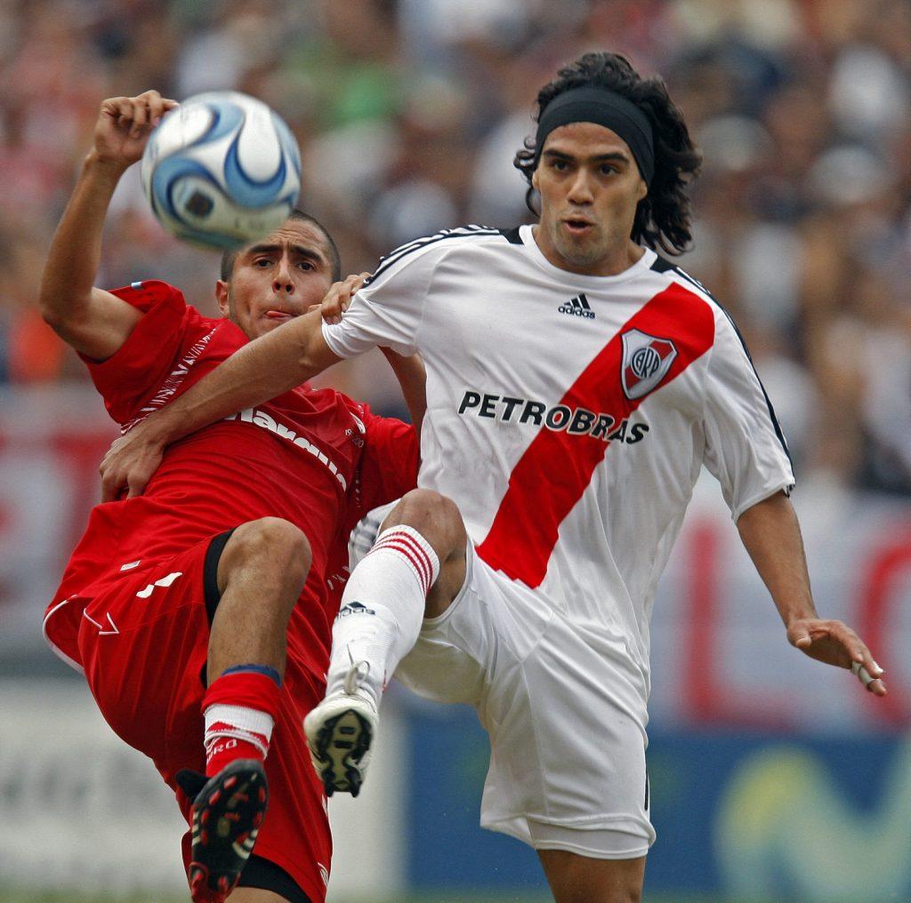 Radamel Falcao garcía jugando con River Plate / AFP