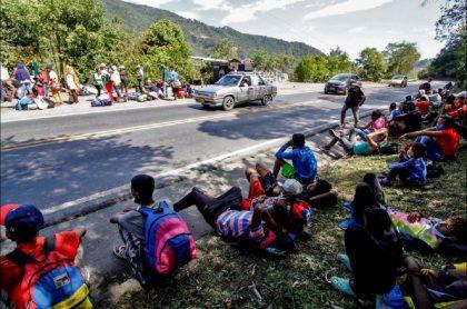 Imagen que ilustra información sobre migrantes venezolanos en Colombia y la decisión de otorgarles la regularización temporal