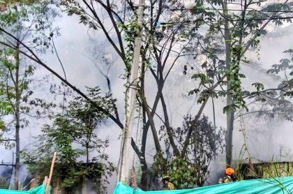 Incendio en Medellín en la avenidas Las Palmas hoy.
