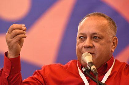 Diosdado Cabello criticó a Duque por legalizar venezolanos.