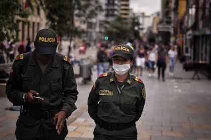 Policías de Bogotá. Imagen ilustrativa de becas para quienes quieran hacer parte de la entidad